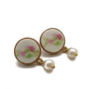 Everyday Pearl Earrings